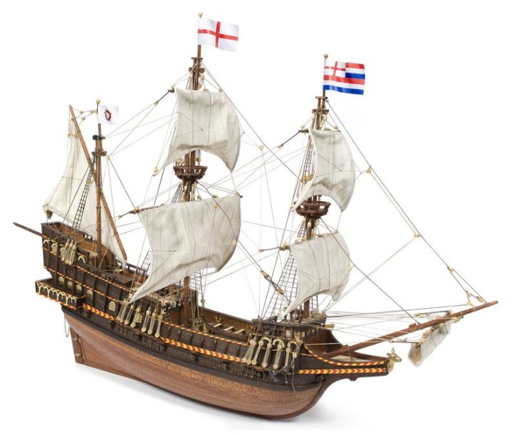 Ship model wooden kit Golden Hind Occre (www.victoryshipmodels.com)