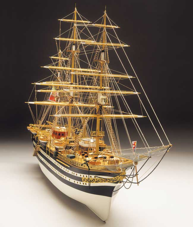 Ship model wooden kit Amerigo Vespucci Mantua Model (www.victoryshipmodels.com)